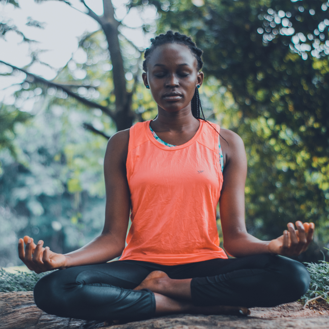 5 Ways Meditation Can Help Us Be Better at Yoga